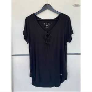 Hollister Black Must Have Easy Tie-Front T-Shirt